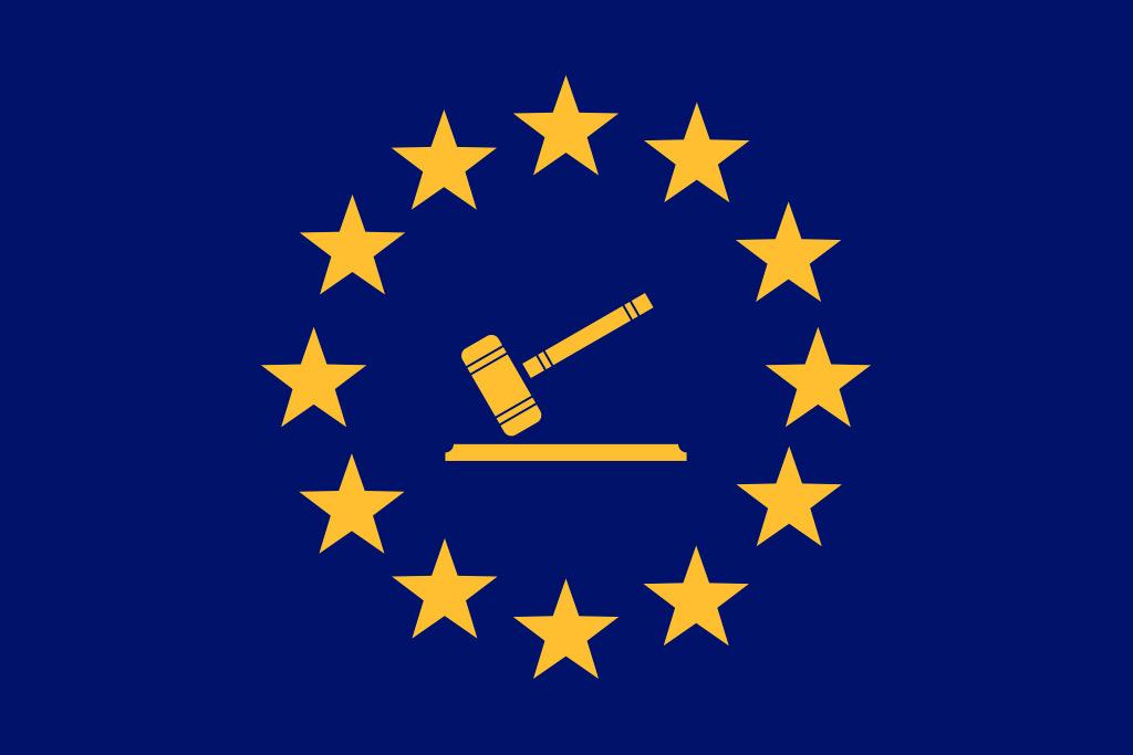 EU flagg med dommerklubbe